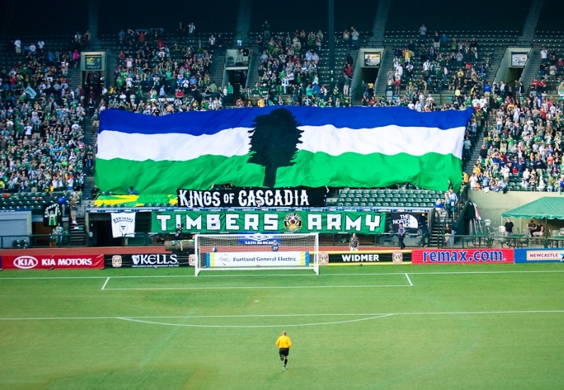 Kings of Cascadia tifo - 7/3/2010